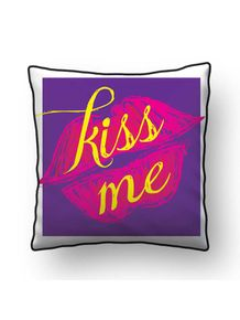 ALMOFADA---KISS-ME