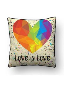 ALMOFADA---LOVE-IS-LOVE-<3