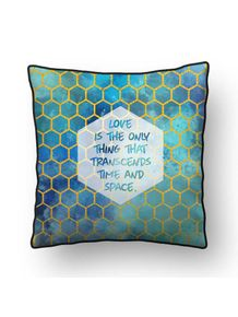 ALMOFADA---LOVE-TIME-AND-SPACE
