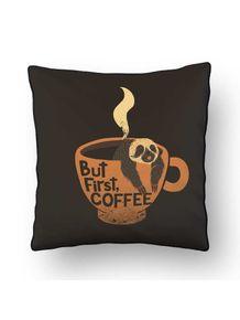 ALMOFADA---BUT-FIRST-COFFEE-SLOTH