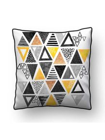 ALMOFADA---TRIANGLE-ABSTRACT---BLACK-AND-YELLOW