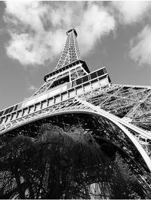 torre-eiffel-angle