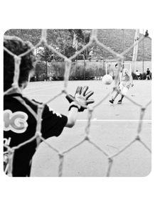 rio-futebol-gol-bola-penalty-goleiro-rede
