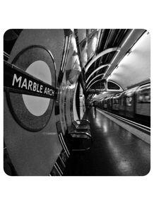 metro-tube-mind-the-gap-londres-uk-190