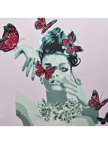 mulher-rosa-e-borboletas