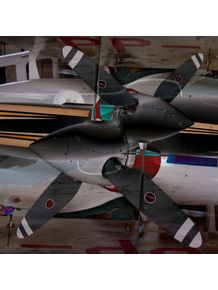 hangar-i
