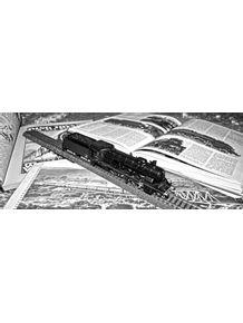 trem-retro-preto-e-branco