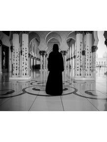 quadro-grand-mosque-abu-dhabi-woman