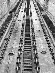 quadro-man-rails-and-steps