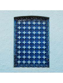 quadro-tudo-azul--janela-e-grade