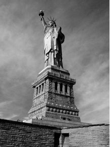 quadro-miss-liberty-bw-plus