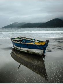 quadro-pequeno-barco-na-praia