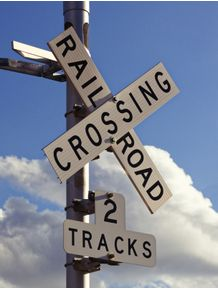 quadro-railroad-crossing