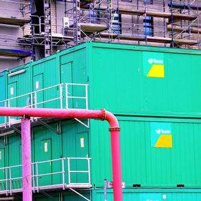 quadro-containers-and-pipes