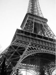 quadro-torre-eiffel-em-close